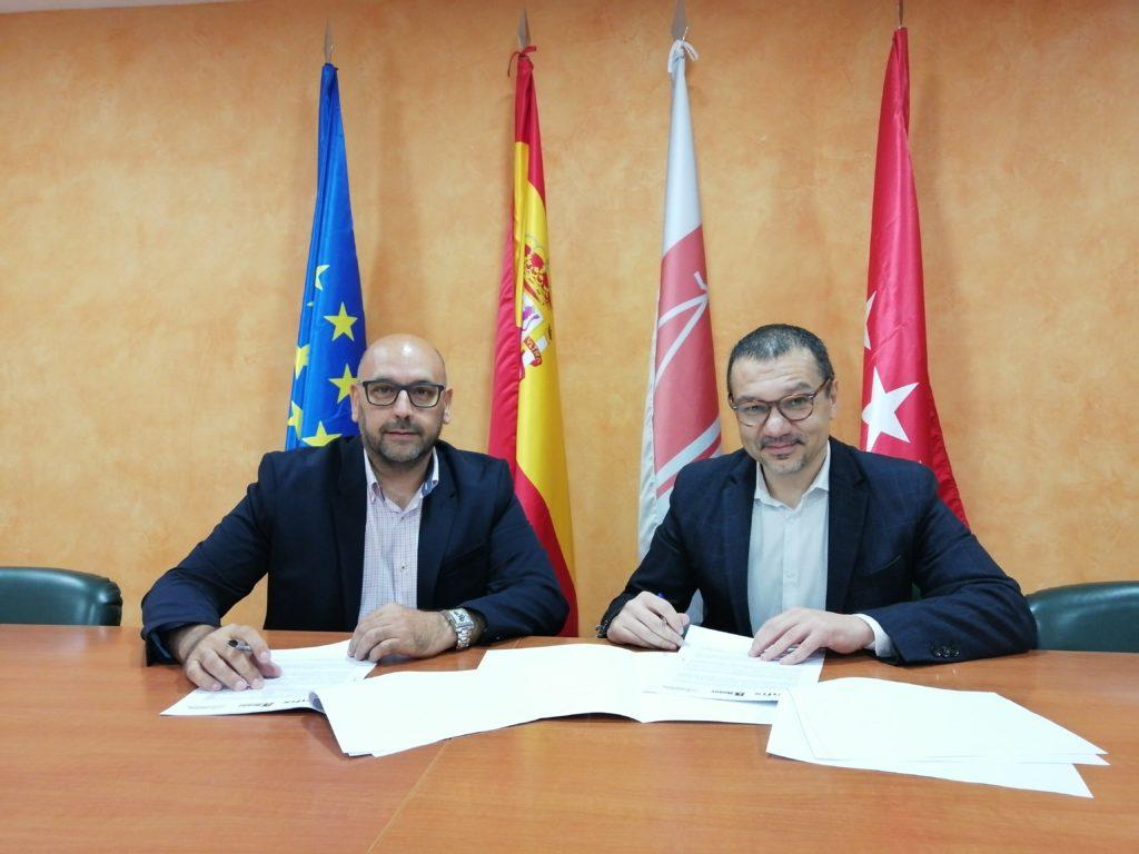 El Grupo Asesor ADADE/E-Consulting Firma Un Acuerdo De Colaboración Con ANFIX (Software).